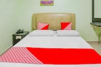 OYO 90269 Hotel Indorasa 2