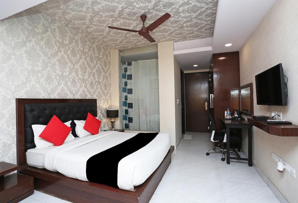 Capital O 32418 Hotel White Castle