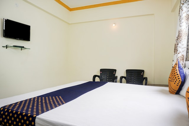 SPOT ON 78701 Hotel Gaurav Lodge