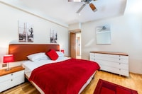 OYO Cosy Apartment in London with Jacuzzi