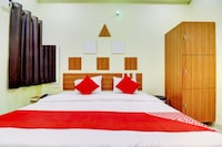 OYO 78729 Hotel Divine