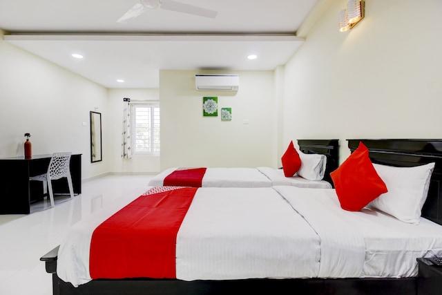 OYO 78735 Hotel Virat Inn