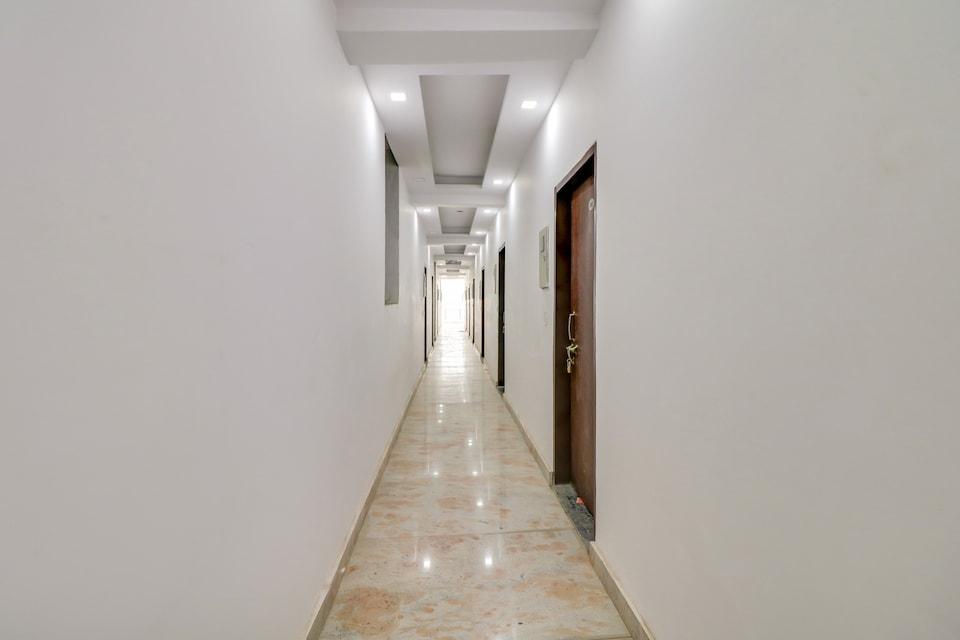 OYO 78772 Ay Hotel, Cyber City, Gurgaon