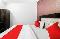 OYO 78806 Hotel White Hub