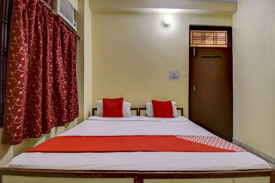 OYO 78848 Laxmi Narayan Bhavan