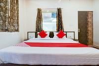 OYO 78853 Hotel Raj Paradise