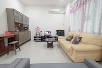 OYO 90186 Tiong's Homestay - Gated Community Sibu