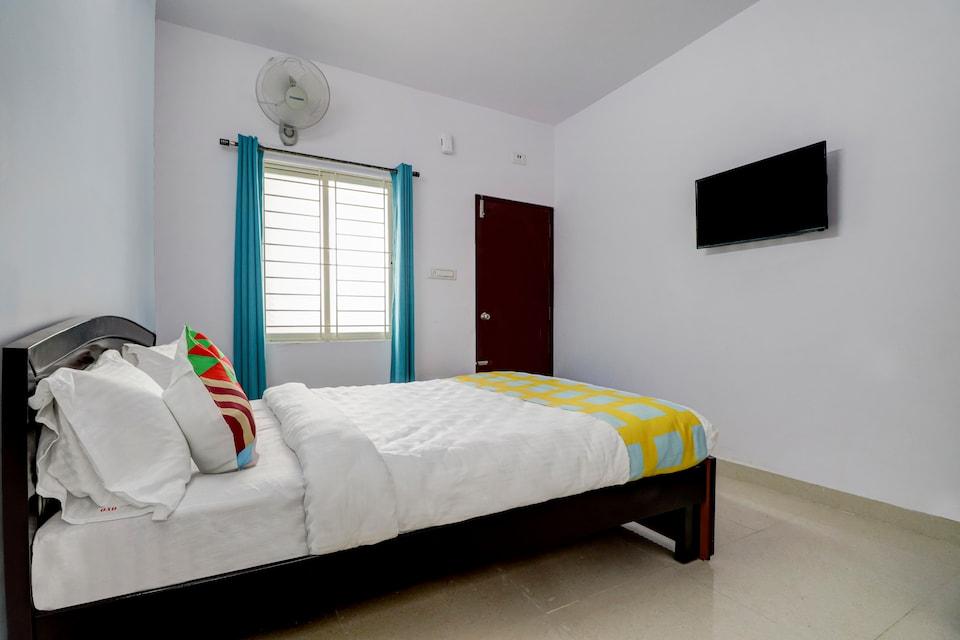 OYO 78922 Mishra Suites