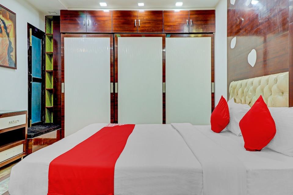 OYO 78950 Hotel Grand Velly, Indirapuram Ghaziabad, Ghaziabad