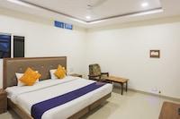 SPOT ON 79016 Hotel Siddhi Vinayak
