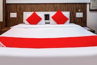 OYO RPR269 Hotel Shubham Palace