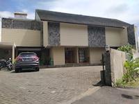 OYO 90293 Guest House Cigadung 9a