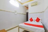 OYO 79037 Metro Lodge