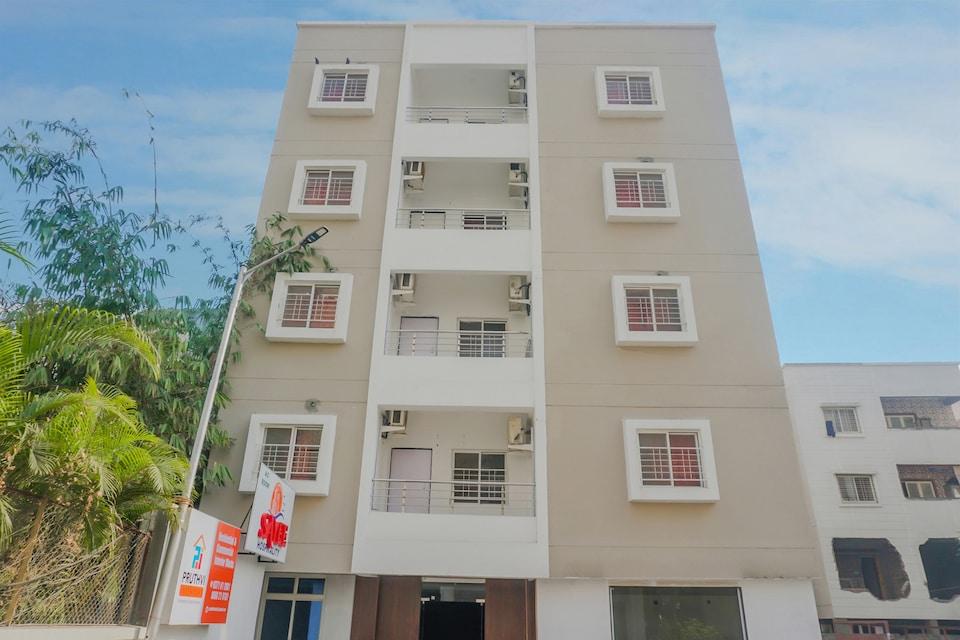 OYO 79064 Sayee Hospitality , Hadapsar Pune, Pune