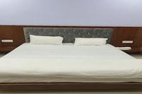 OYO 79110 Hotel Gulmohar
