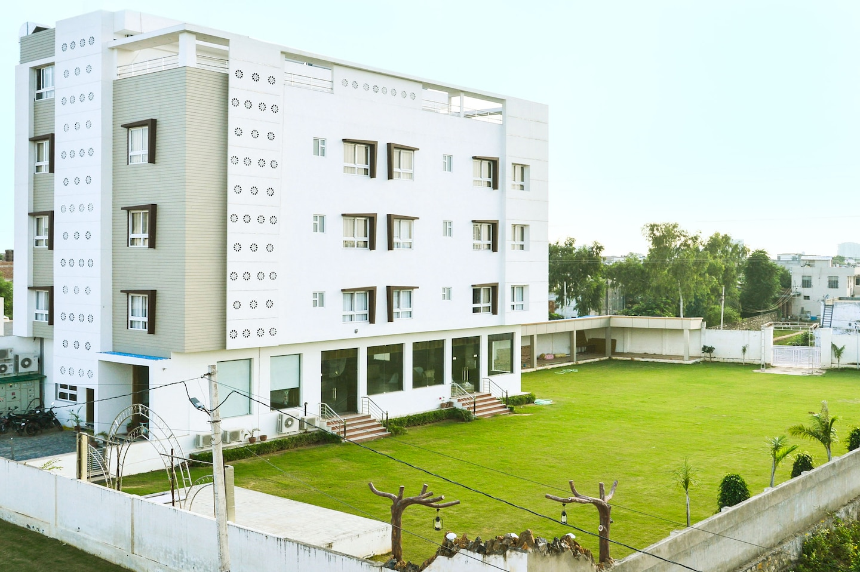 OYO 6622 Hotel Neelam Paradise -1