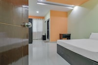 SPOT ON 79164 Pratham Resideny