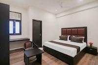 OYO 79165 Collection O Hotel Grand Ansal