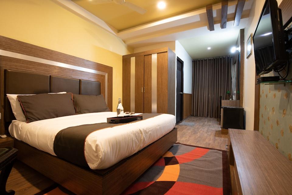 OYO 79175 Maahi Elite Stay, Airport Delhi, Delhi Transit