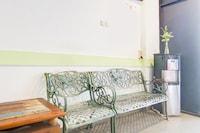 OYO 90310 H Residence