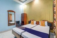 SPOT ON 79210 Royal Galaxy Hotel