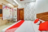 OYO 79224 Hotel Shubh