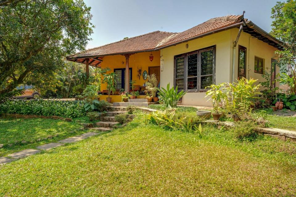 Belvilla Antique Villa in the Heart of Coorg