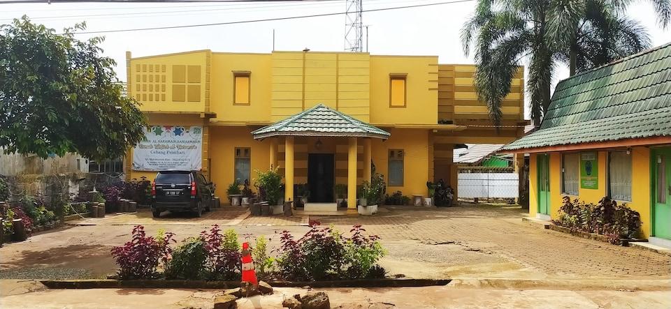OYO 90316 Hotel Candri Pelaihari, Banjarbaru, Banjarbaru