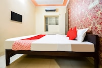 OYO 79261 Hotel Kuhu Palace