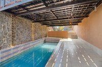 Belvilla Luxury Casa Moderna with Private Pool and Panaromic View