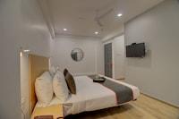 OYO Townhouse 092 Hotel Ashray Residency