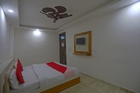 OYO Flagship 79289 Hotel Grand Keshav