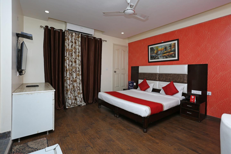 OYO 9029 Hotel Grand Shoba -1