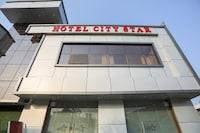 Capital O 79387 Hotel City Star And Restro