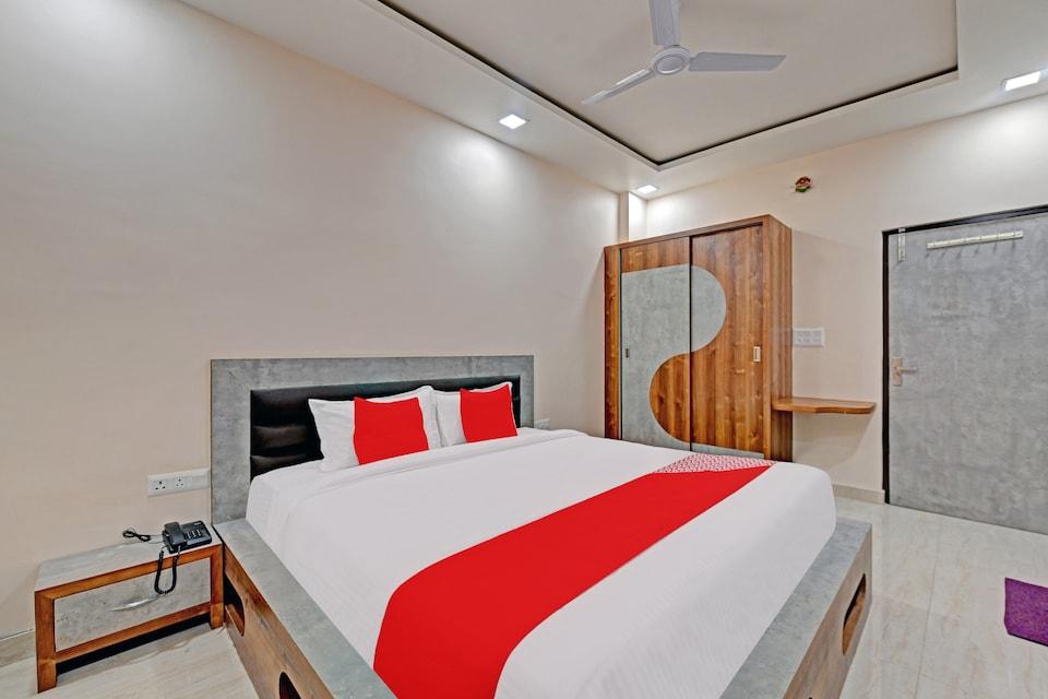 OYO 79424 Hotel Jaipur Paradise
