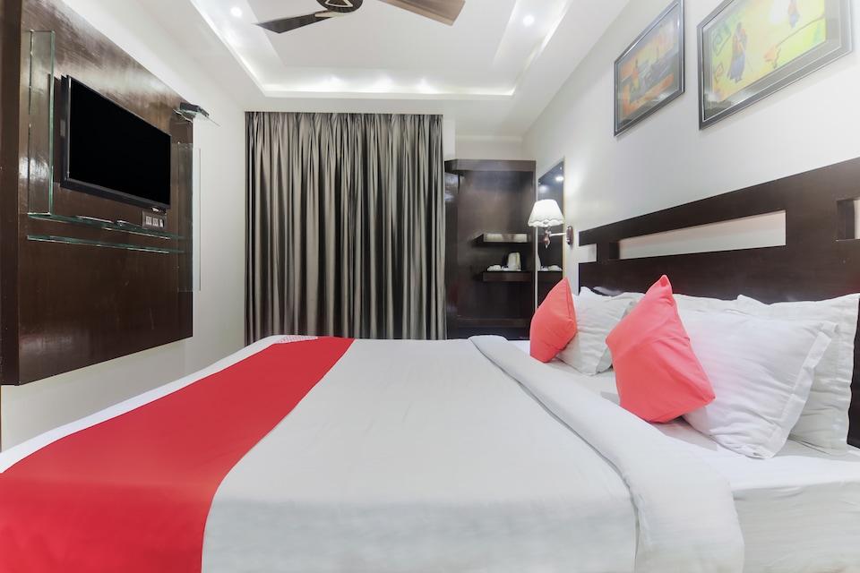 Capital O 6645 Hotel Sapphire