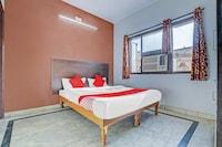 OYO 79463 Hotel Maan