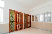 Capital O 79484 Residenza Lakshmi Krupa Serviced Apartments