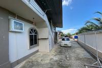OYO 90212 Anna Kota Apartment