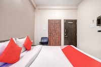 OYO IND700 Asha Hotel
