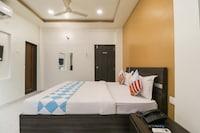 OYO Home 79558 Cosy Stay Khadki