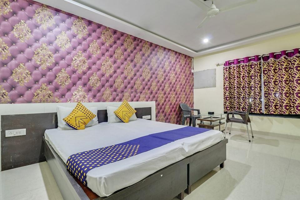 SPOT ON 79560 Hotel Rahul Palace