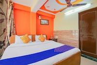 SPOT ON 79602 Hotel Royal