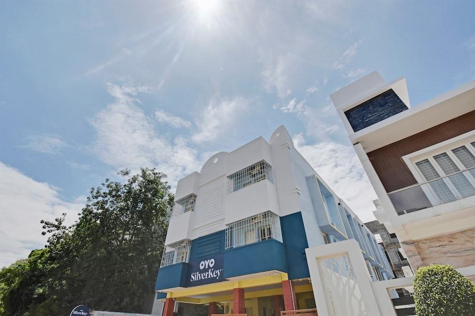 SilverKey Executive Stays 78621 second D Residency