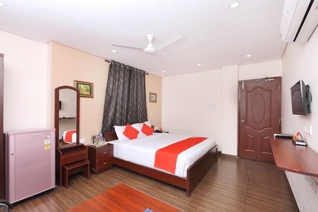 OYO 1001 Palmtree Corporate Anna Nagar Suite