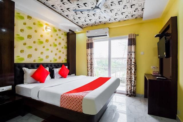Collection O 79634 HOTEL  Aarya palace