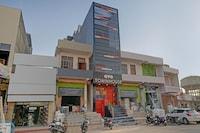 OYO 79651 TownHouse OTH Buddhi