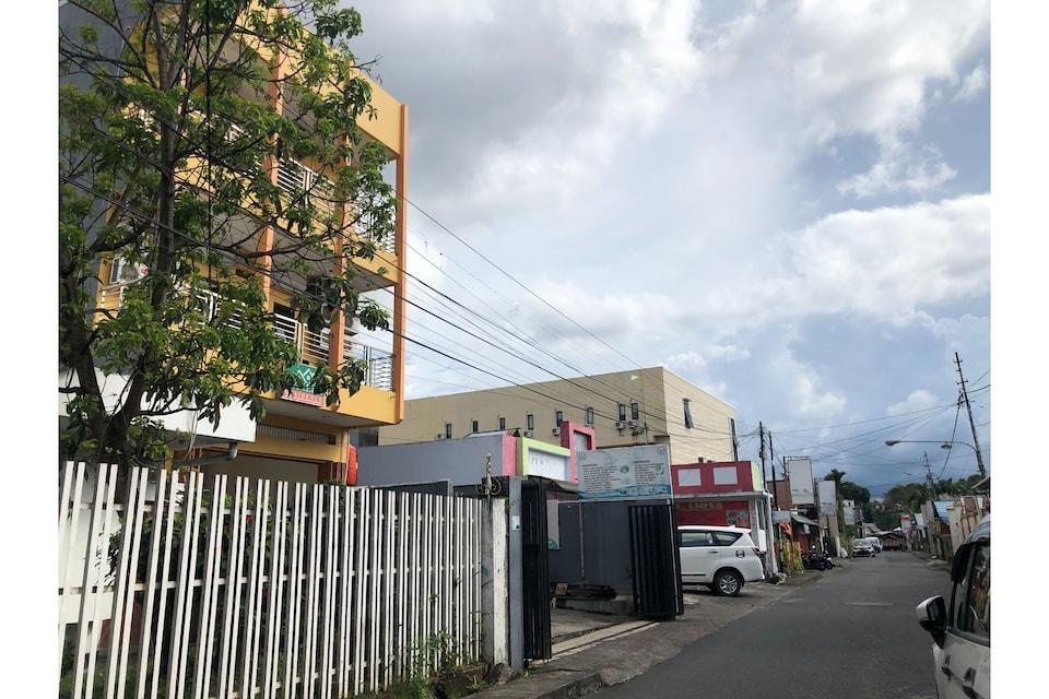 OYO 90345 Wakeke Residence, Tikala Wenang, Manado