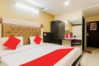 OYO 79765 Hotel Samrat