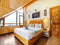 Belvilla foghills cottages deluxe  cottage with fire place and mountain view